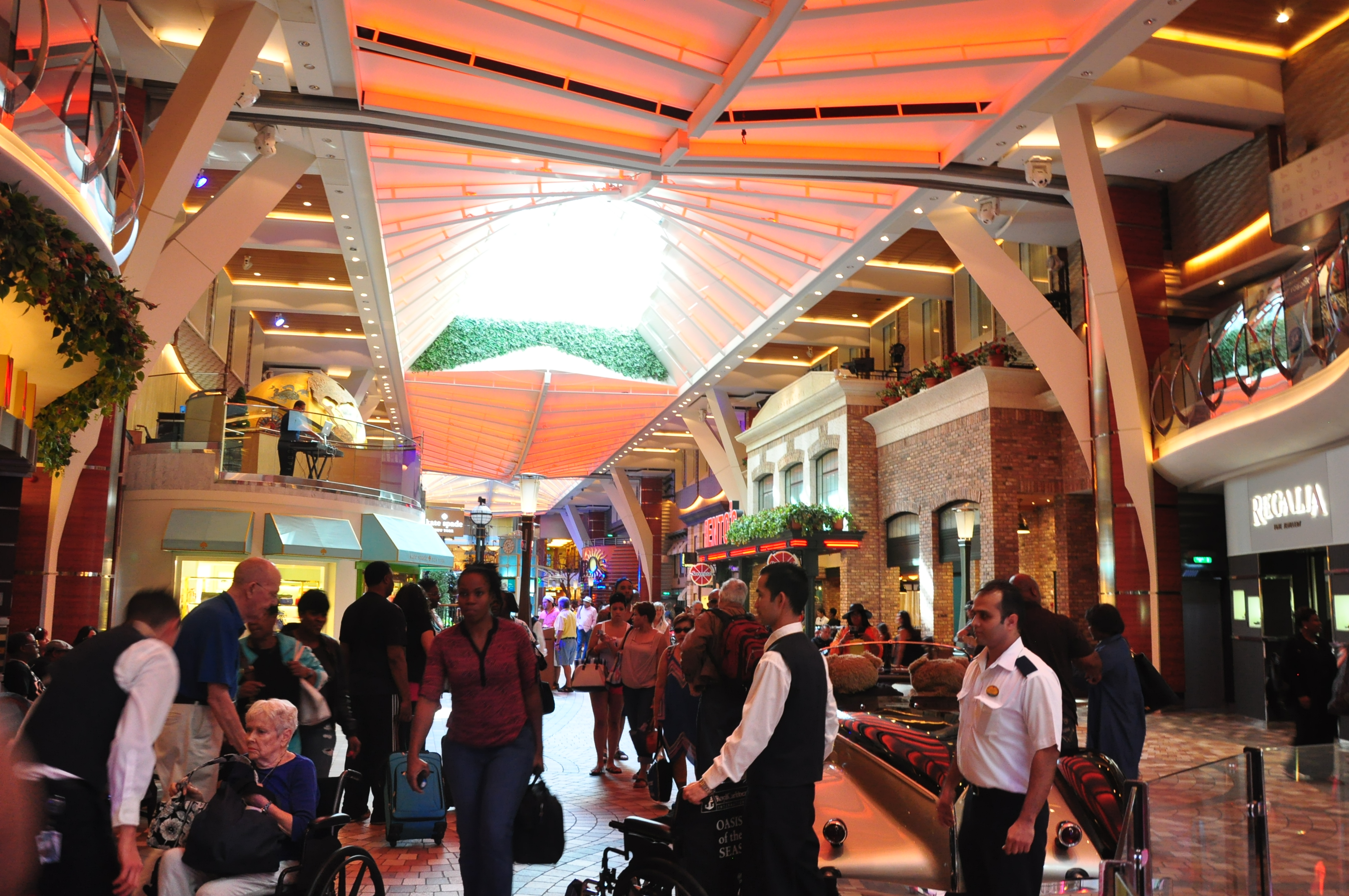 PACKED ROYAL PROMENADE AREA SHORTLY AFTER BOARDING