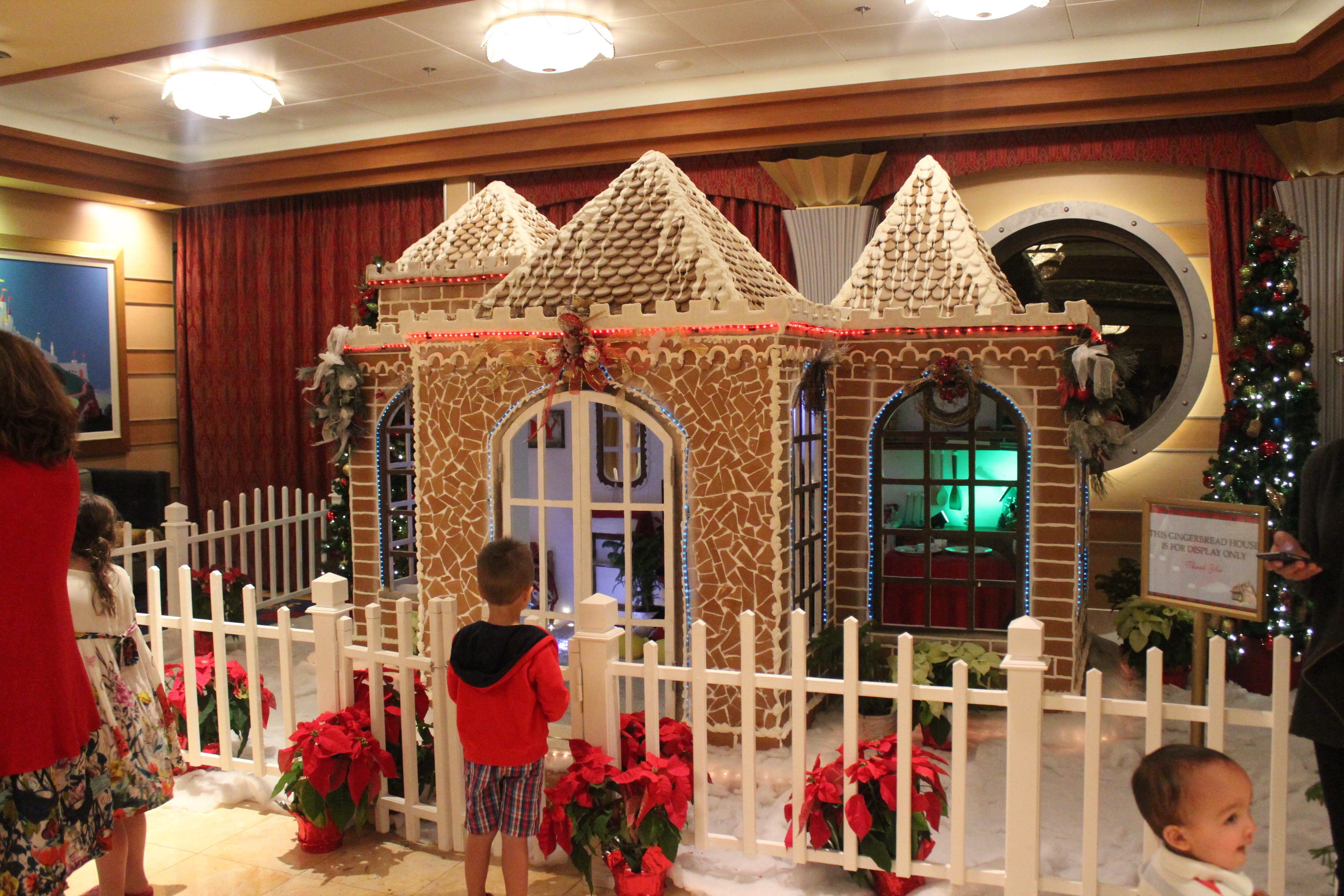 gingerbread house disney cruise line