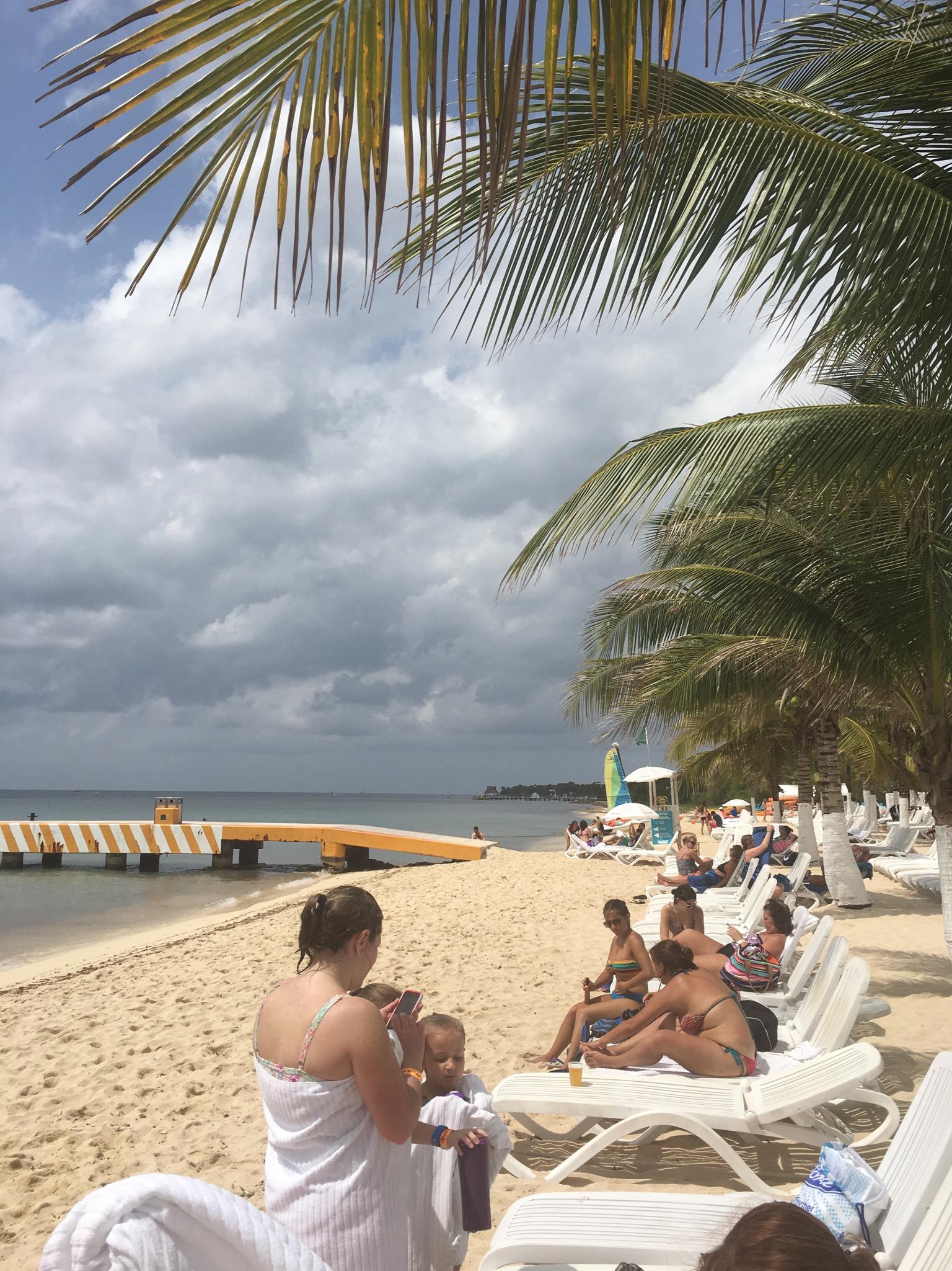 Beach Club Beach Loungers